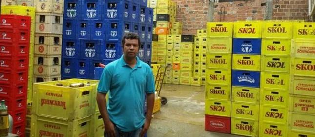 Anderson de Souza teve de fechar seu negócio na periferia de Salvador (Foto: Divulgação)