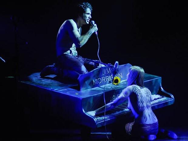 Eriberto Leão e Renata Guida em cena no espetáculo Jim (Foto: Divulgação)