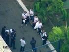 Acusados da Operação Saqueador deixam a penitenciária Bangu 8 no RJ