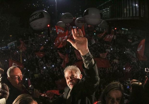 O ex-presidente Luiz Inácio Lula da Silva discursa durante ato na Paulista (Foto: Ricardo Stuckert)