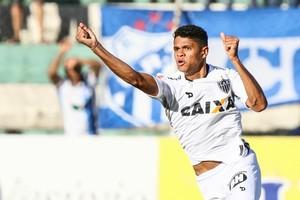 Douglas Santos comemora gol pelo Atlético-MG contra a URT (Foto: Bruno Cantini/ Flickr Atlético-MG)