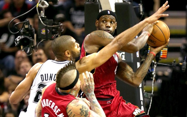 Lebron James, Miami Heat e Spurs (Foto: Getty Images)