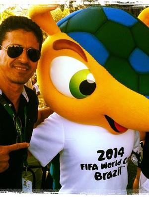 Roberto Lopes e Fuleco (Foto: Reprodução / Facebook)