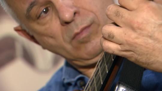 Conheça história do músico que escolheu Brasília para manter a tradição da viola