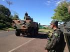 Exército realiza treinamento e simulações de guerra no Paraná