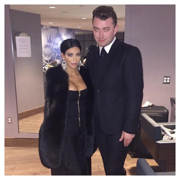Kim Kardashian em show de Sam Smith em Los Angeles, nos Estados Unidos (Foto: Instagram/ Reprodução)