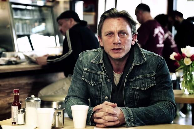 Daniel Craig em campanha contra o assédio sexual (Foto: Reprodução)