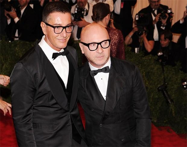 0b115e890e9f3 Stefano Gabbana e Domenico Dolce podem terminar na prisão por conta de um  processo contra a grife que comandam sob suspeitas de evasão fiscal (Foto   Getty ...
