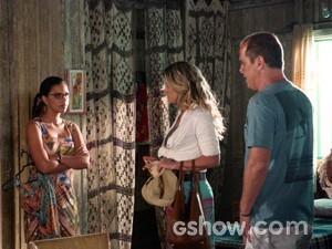 Celina aceita ajudar Flávio e Heloísa (Foto: Além do Horizonte/TV Globo)