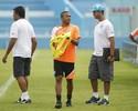 Mesmo longe da forma física ideal, meia Rogerinho quer jogar Re-Pa