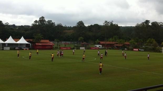 São Paulo treino Cotia (Foto: Carlos Augusto Ferrari)