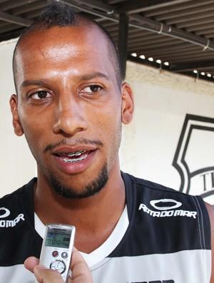Tiago Chulapa, atacante do Treze (Foto: Magnus Menezes / Jornal da Paraíba)