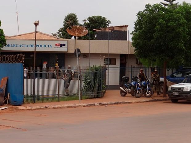 Resultado de imagem para delegacia da mulher em luís eduardo magalhães na bahia