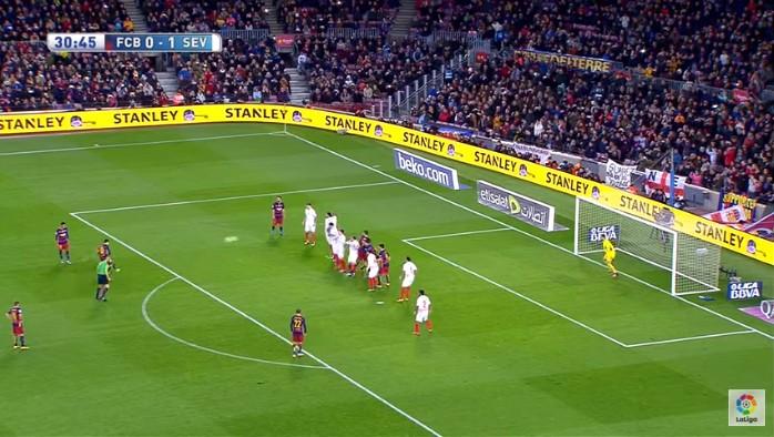 Messi gol falta Sevilla