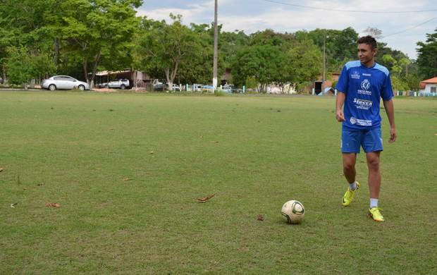 Mateus de Oliveira vai jogar pro Rio Preto na Copa SP (Foto: Magda Oliveira)