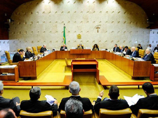 Plenário do Supremo Tribunal Federal (STF), em Brasília, durante o julgamento da liminar do ministro Marco Aurélio Mello sobre o afastamento do senador Renan Calheiros (PMDB-AL)  da presidência do Senado