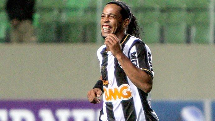 Ronaldinho Gaúcho comemora gol jogo Atlético-MG contra Fluminense (Foto: Bruno Cantini / Site Oficial do Atlético-MG)