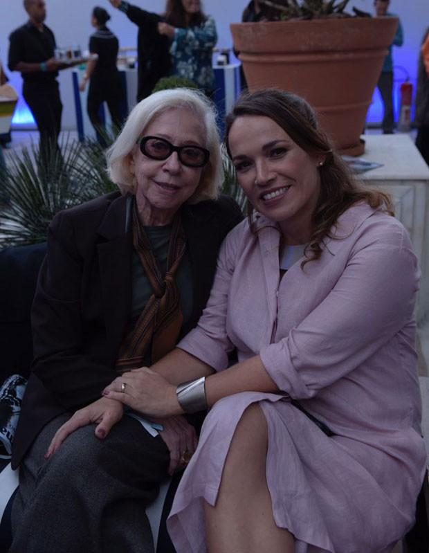Fernanda Montenegro e Marina Caruso, diretora de redação de Marie Claire (Foto: Selmy Yassuda)