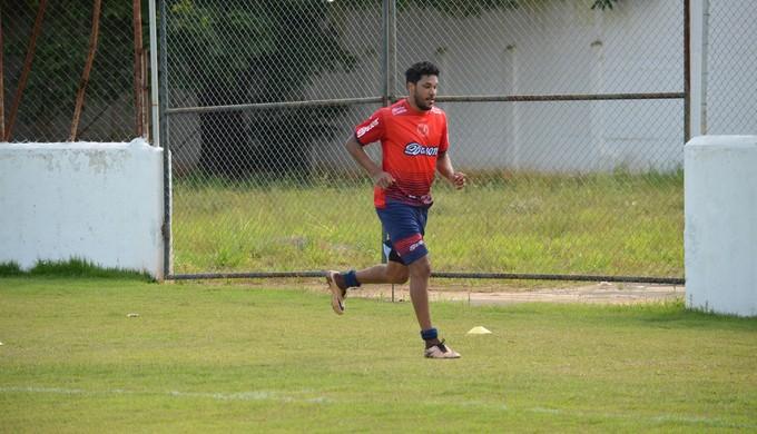Após estreia, atacante Brandão busca titularidade no ataque do Tricordiano (Foto: Lucas Soares)