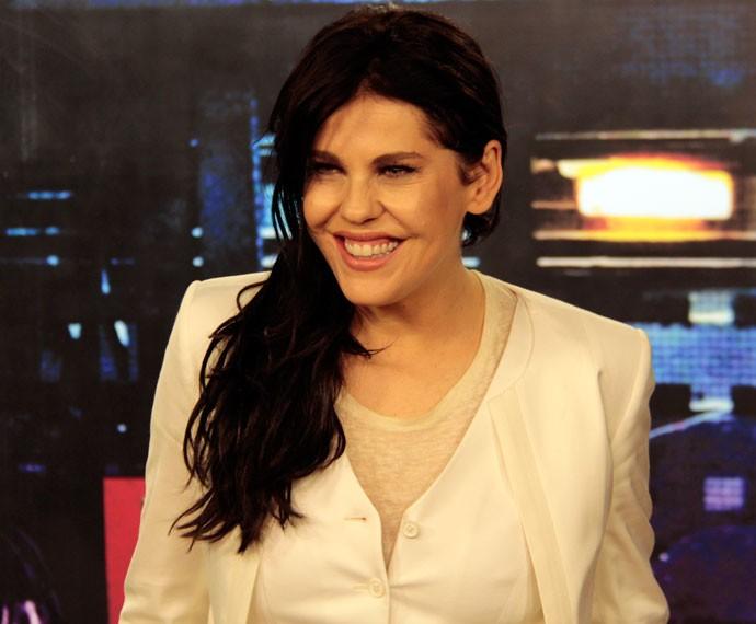 Bárbara Paz conversa com o Gshow nos bastidores do 'Altas Horas' (Foto: Marcos Mazini/Gshow)