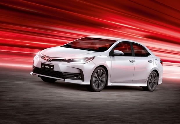 Novo design aprimora performance aerodinâmica do modelo e garante presença marcante ao Toyota Corolla XRS  (Foto: Divulgação)