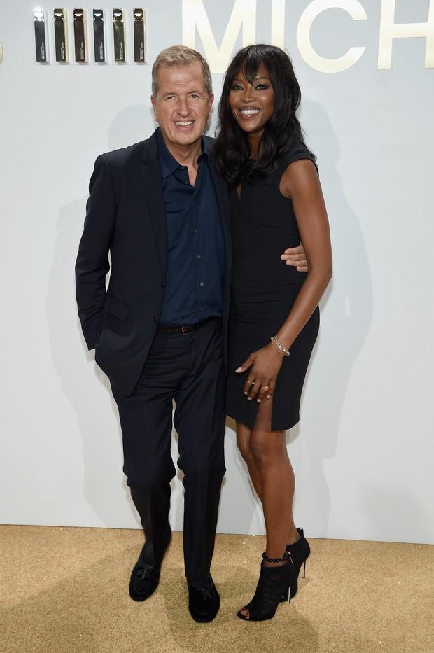 Fotógrafo Mario Testino e Naomi Campbell em evento em Nova York, nos Estados Unidos (Foto: Dimitrios Kambouris/ Getty Images/ AFP)