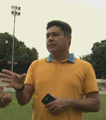 Venicius, 52 anos, ex-atacante do Rio Branco-AC nas décadas de 80 e 90, torce pelo Galvez e Atlético-AC, que disputam 1ª fase da Copa Verde neste fim de semana  (Foto: Reprodução/Rede Amazônica Acre)