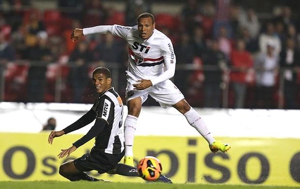 Luis Fabiano São Paulo e Ponte Preta (Foto: Paulo Pinto / saopaulofc.net)
