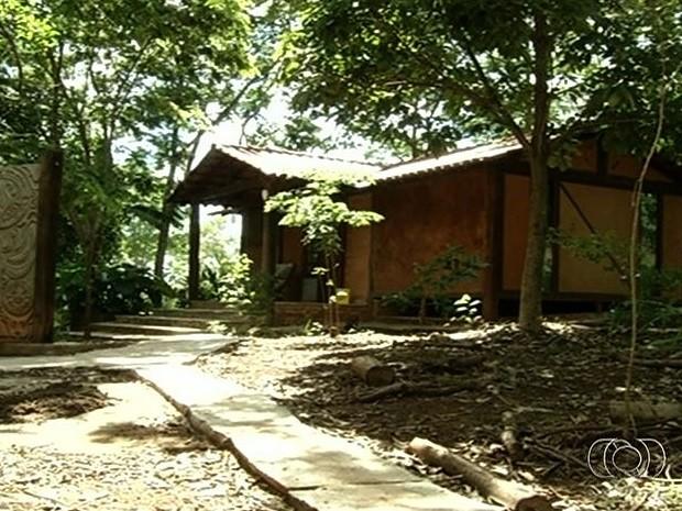 Ecovila aplica estilo de vida sustentável em Pirenópolis, Goiás (Foto: Reprodução/TV Anhanguera)