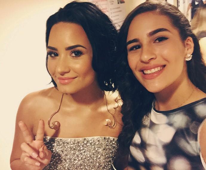 Lívian Aragão tieta a cantora Demi Lovato (Foto: Arquivo Pessoal)