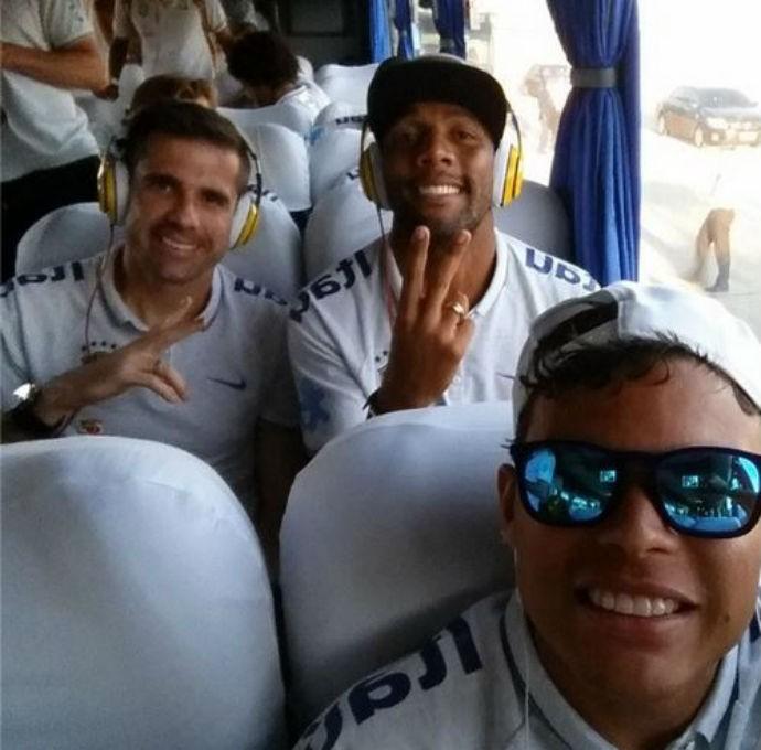 Thiago Silva no embarque para São Paulo com a Seleção (Foto: Reprodução/Instagram)
