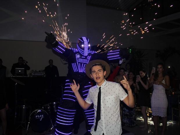 Gabriel Kaufmann em festa na Tijuca, Zona Norte do Rio (Foto: Rogerio Fidalgo/ Ag. News)