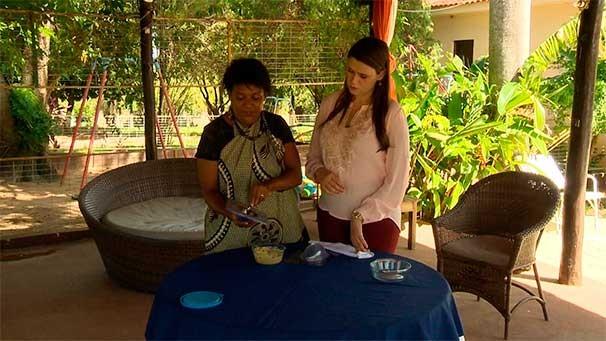 Bruna Bachega acompanha o preparo do Ovo de Páscoa da Roça (Foto: Reprodução TV Fronteira)