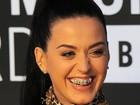 Katy Perry usa acessório de mais de US$ 1 mil nos dentes no VMA, diz site