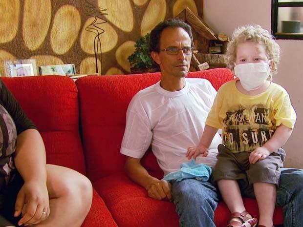 Ação em Campo Belo (MG) vai tentar encontrar doadores de medula para o menino (Foto: Reprodução EPTV)
