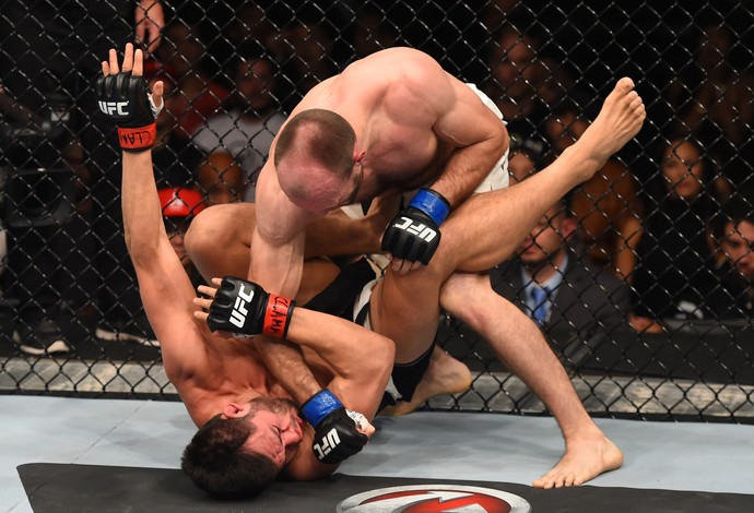 Bartosz Fabinski Hector Urbina UFC Monterrey (Foto: Getty Images)