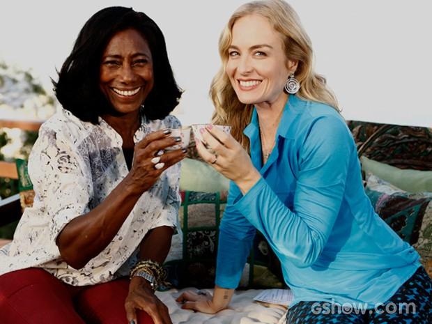 Angélica e Glória posam para foto (Foto: TV Globo/Inácio Moraes)
