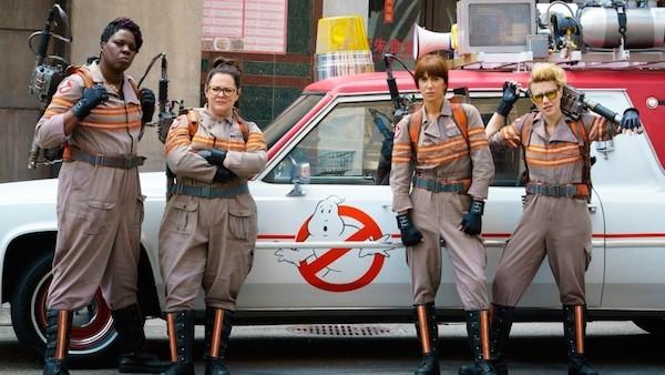 A atriz Leslie Jones em cena As Caça-Fantasmas (Foto: Reprodução)