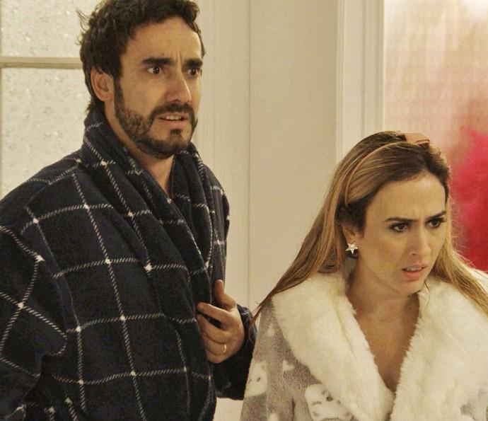 Leozinho e Fedora ficam chocados ao entrarem no quarto deles (Foto: TV Globo)