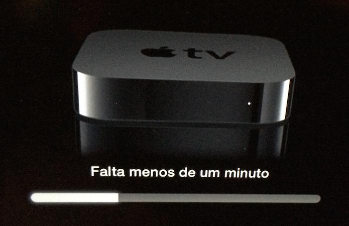 Atualização da Apple TV em andamento (Foto: Reprodução/Edivaldo Brito)