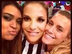 Ivete, Preta Gil e Carol Dieckmann posam juntas: 'Amizade verdadeira'