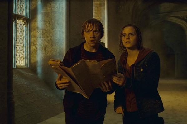 Rupert Grint e Emma Watson  (Foto: Divulgação)