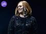 Look do dia: Adele usa vestido todo bordado para iniciar turnê na Europa