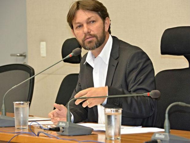 Deputado distrital Joe Valle (PDT) em sessão na Câmara Legislativa do DF (Foto: CLDF/Divulgação)