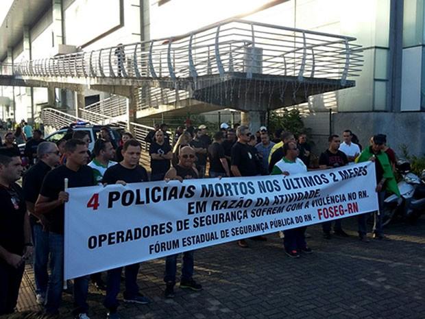 Manifestação acontece na tarde desta terça-feira (3) em Natal- (Foto: Divulgação/Fórum dos Servidores da Segurança)