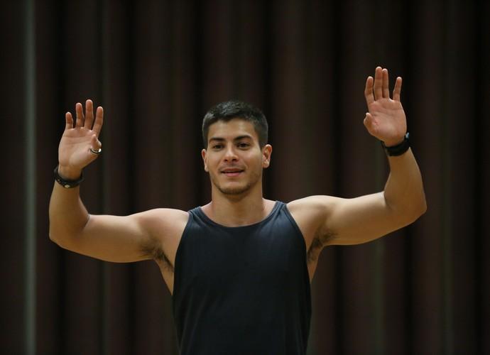 Arthur Aguiar durante ensaio do Dança (Foto: Isabella Pinheiro/Gshow)