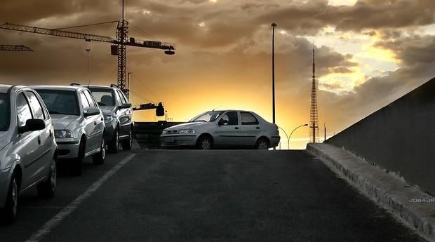 carro; automóvel; aluguel; veículo; estacionamento (Foto: Photo Pin)