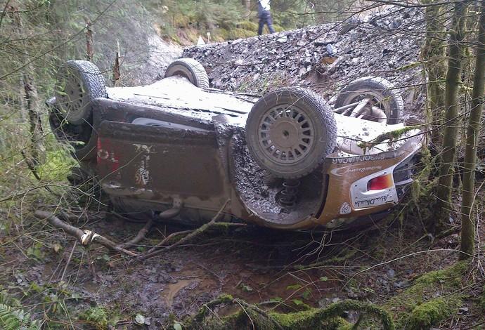 Na sexta-feira, Robert Kubica já havia capotado no País de Gales (Foto: Divulgação)