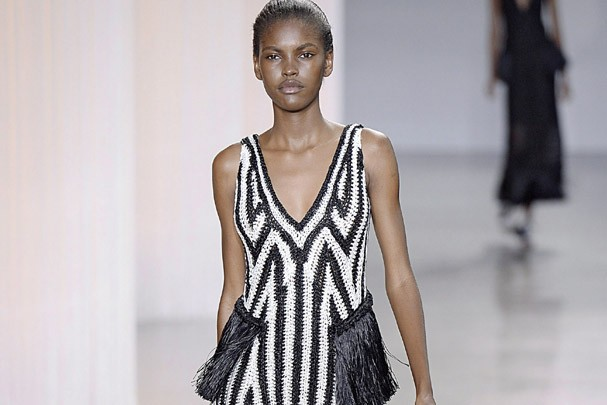 Desfile da Edun na New York Fashion Week em setembro de 2015 (Foto: Catwalking/Getty Images)