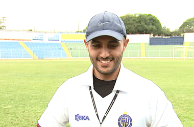 Rafael Guanaes, técnico do São Carlos  (Foto: Felipe Lazzarotto/EPTV)